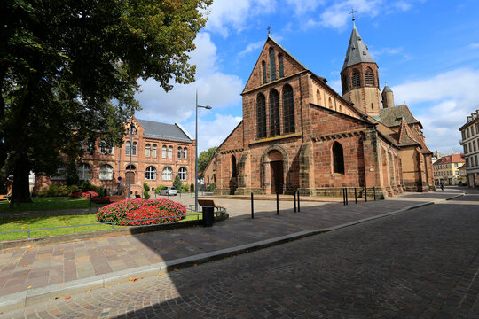 Pfarrkirche St. Georg in Haguenau. Haguenau, Elsass, Frankreich, Europa Frankreich