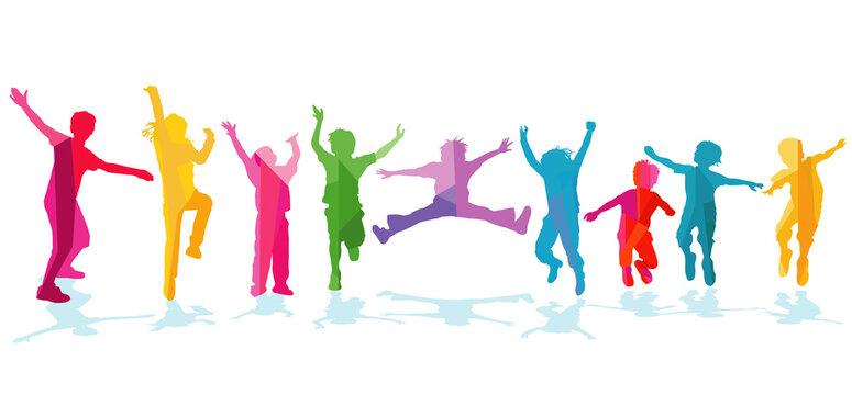 fröhliche Kinder freuen sich und jubeln