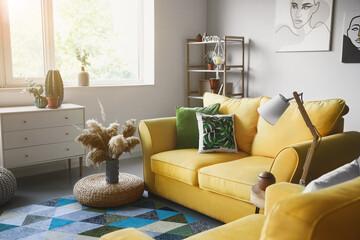 Photo sur Plexiglas Ecole de Danse Interior of modern room with comfortable sofa
