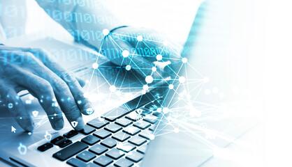 mani, scrivere, computer, informatica, programmatore