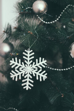 Snowflake Christams Tree Ornament