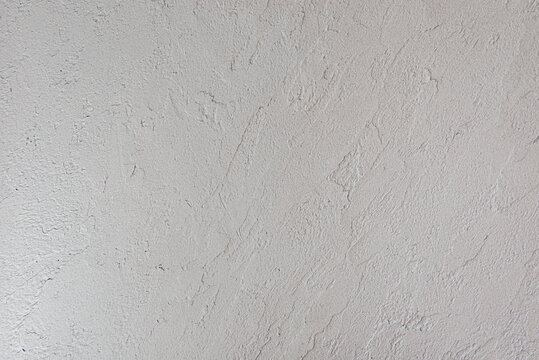 Artistic covering with whte decorative plaster
