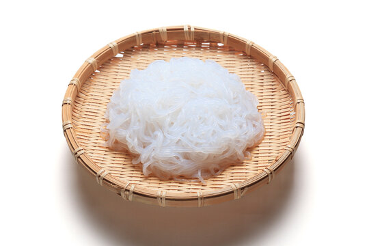 Shirataki noodles: Shirataki noodles are translucent, gelatinous traditional Japanese noodles made from the konjac yam.