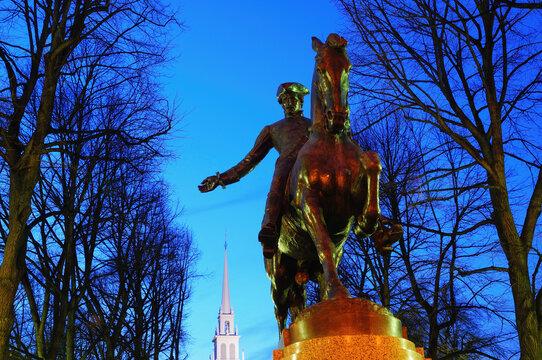 Statue of Paul Revere at dusk