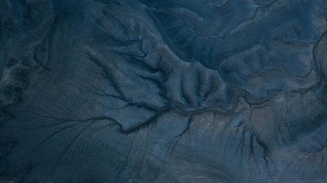 blue cracks