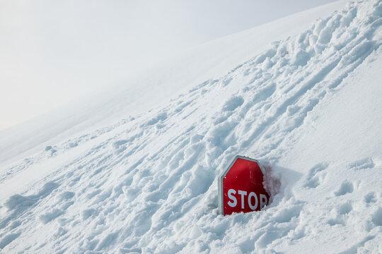 Snow, please stop