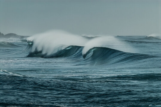 waves breaking with offshore wind in south africa