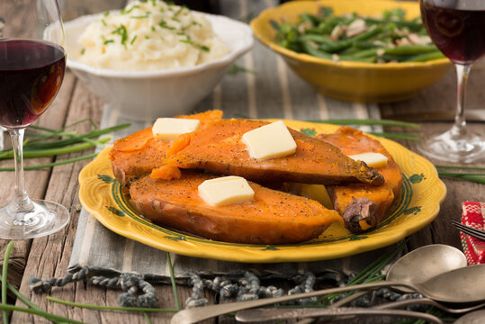 Side Dishes: Sweet Potatoes, Mashed Potatoes and Green Beans