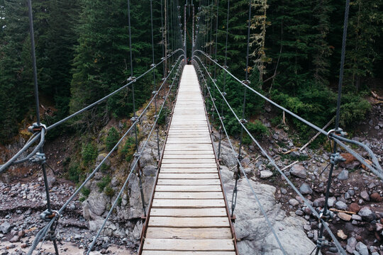 suspension bridge on wonderland trail