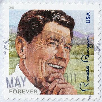 President Ronald Reagan om american postage stamp