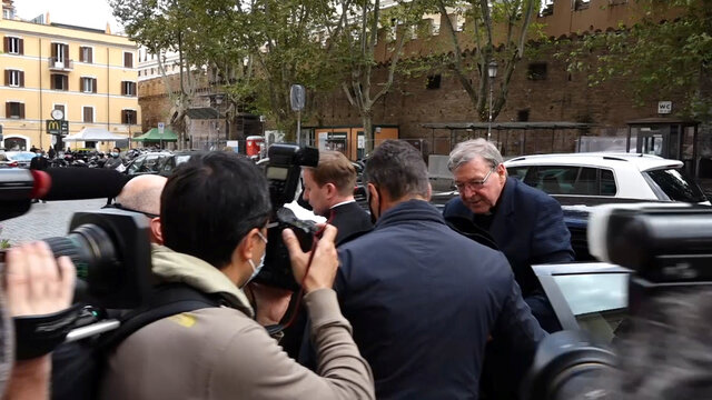 Ex-Vatican treasurer Pell arrives in Rome from Australia