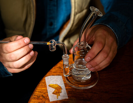 Shatter Cannabis Extract