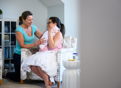 Doula Working with Expecting Mother at Home