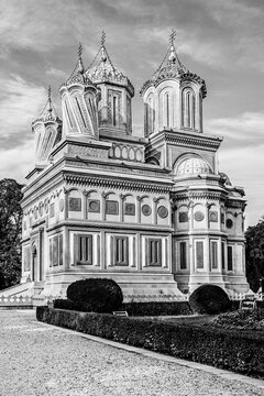 Cathedral of Curtea de Arges, a romanian Orthodox cathedral on the grounds of Curtea de Arges Monastery, dedicated to Dormition of the Mother of God in Curtea de Arges, Wallachia, Romania