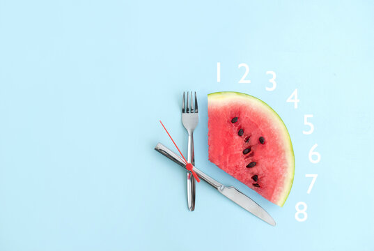 Intermittent fasting eight hours, keto concept