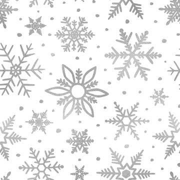 Snowflakes silver glitter. Winter background. Elegant seamless pattern. Marble silver texture. Beautiful delicate snow backdrop. Falling random snowflakes for winter design. Scatter snowflakes. Vector