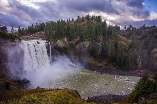 Amazing waterfall, view from above. Snoqualmie Falls after Heavy Rain. Snoqualmie Falls, Snoqualmie region, Washington