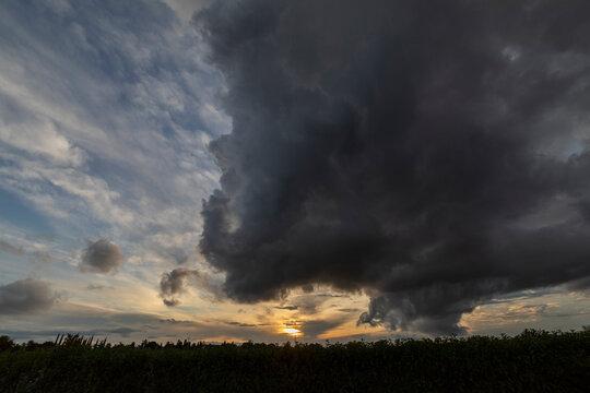 Gewitter Wolken dramatisch