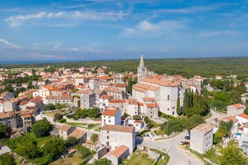 Die historische Stadt Bale in der Region Istrien in Kroatien