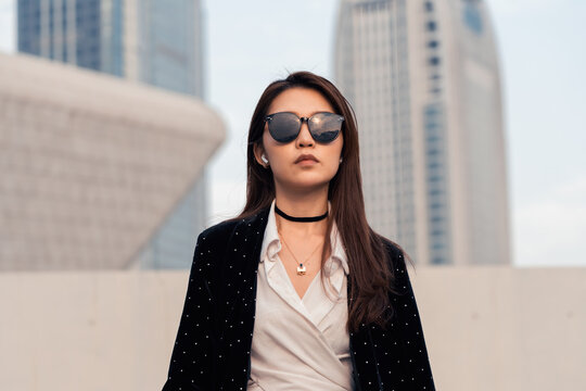portrait of business woman in city