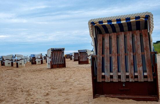 Strandkörbe am Strand von Cuxhaven-Sahlenburg,Niedersachsen,Deutschland