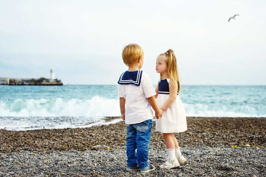 toddlers near the sea