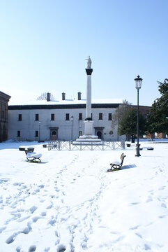 Sabbioneta (Mantua, Italy): snow in Piazza Ducale, on a winter day