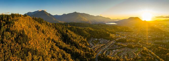 Ultra wide angle aerial panorama photo of the Chilliwack city that seats in the Fraser Valley in British Columbia, Canada Fototapete