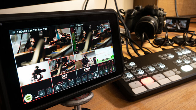Streaming setup with video mixer, camera and screen