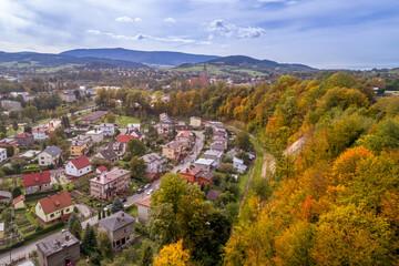 Grybów, jesienna panorama miasta