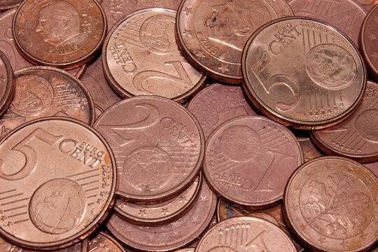 Pièces de centimes d'euros de différentes valeurs