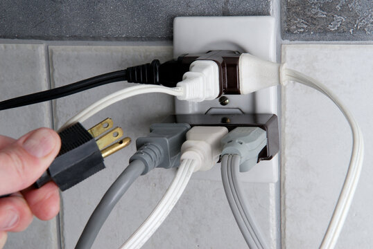 Overloaded Electrical outlet with no room for more plugs
