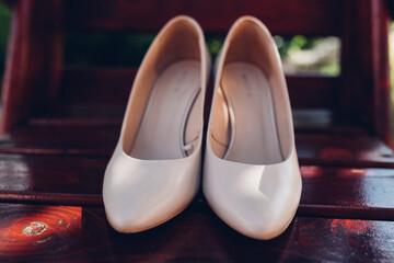 Buty kobiety, szpilki