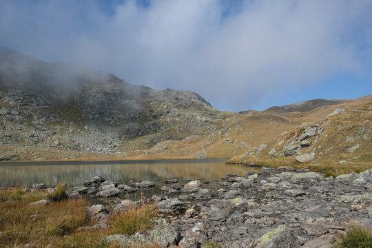 Lago Nero - am Rande des Sees