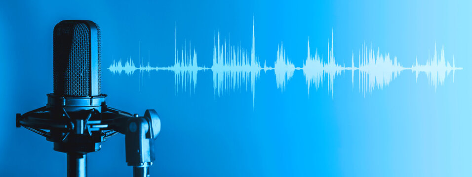 Microphone with waveform on blue background, broadcasting or podcasting banner