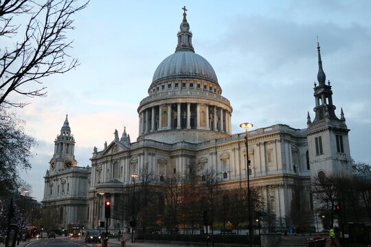 Saint Paul´s Cathedral in London in December, England