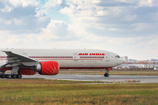 Toronto, Canada, October 17, 2020; The nose of an An Air India Boeing 777 jet plane getting ready to take off at Toronto Pearson Airport YYZ heading toward New Delhi, India