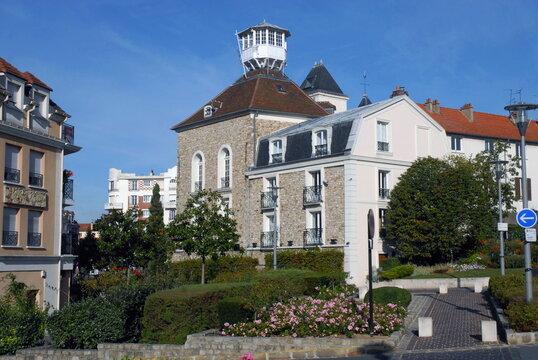 Ville de Villiers-sur-Marne, Maison au belvédère, musée Emile jean en centre viile, département du Val-de-Marne, France
