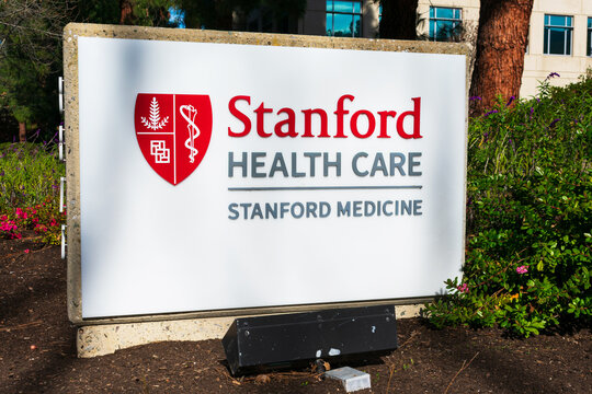 Stanford Health Care sign. Stanford Health Care is a network of medical facilities and doctors located around sunny San Francisco Bay area and Silicon Valley - Palo Alto, California, USA - 2020