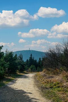 Hiking path from Fichtelberg mountain south to Klinovec mountain