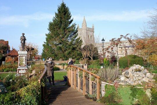 Amersham Memorial Gardens located in Old Amersham, Buckinghamshire
