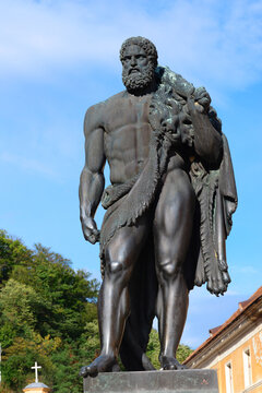 Legendary Hercules statue
