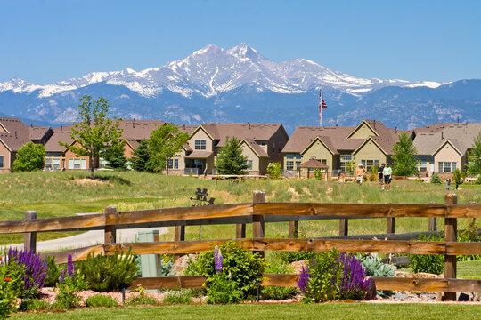 Longmont Golf Course Housing - Front range golf course near Longmont, overlooking fourteener Long's Peak in Boulder County, Colorado