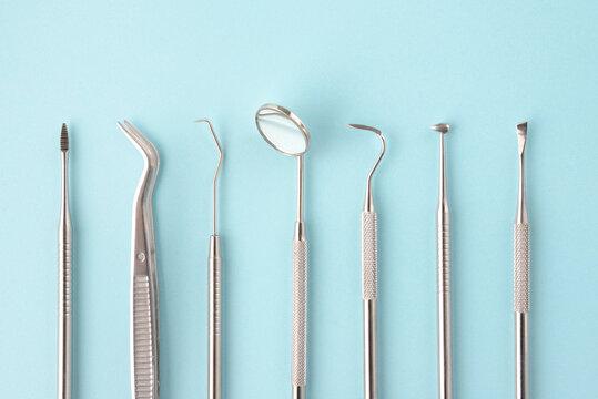 歯科医師の道具