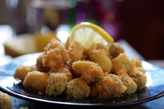 Close up of chicken nuggets on plate