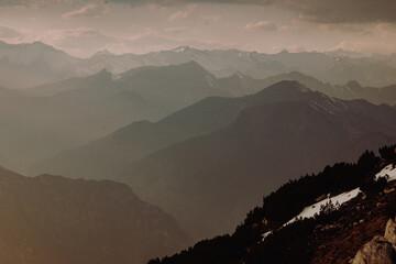 Italien - Gardasee - Alpen im Sonnenuntergang