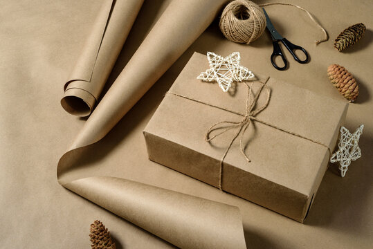 Gift wrapping in brown kraft paper.