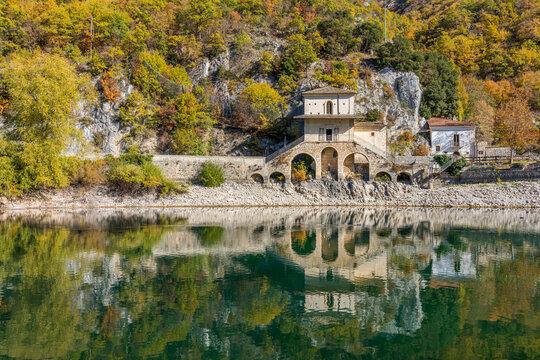 Idyllic autumnal landscape at Lake Scanno, Province of L'Aquila, Abruzzo, Italy.