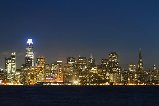 Beautiful San Francisco skyline at night