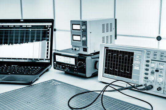 Measuring instruments in the laboratory for the development